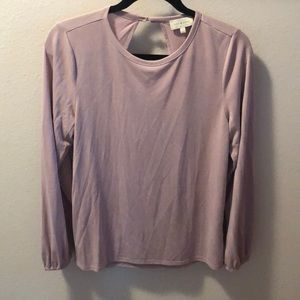 Lucky open back size small pullover shirt